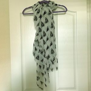 Grey & black sailboat print scarf